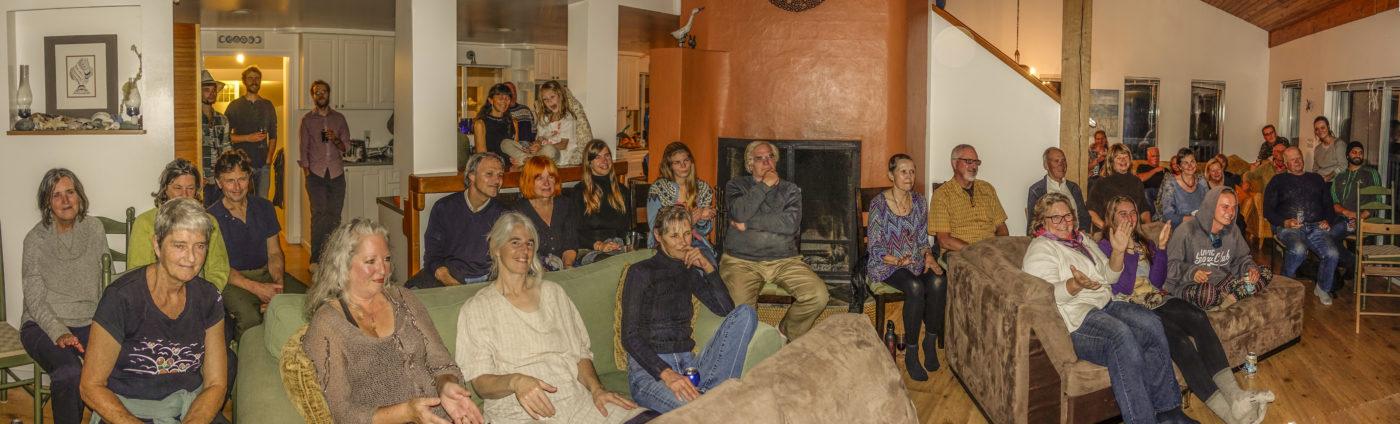 bills-bhs-crowd